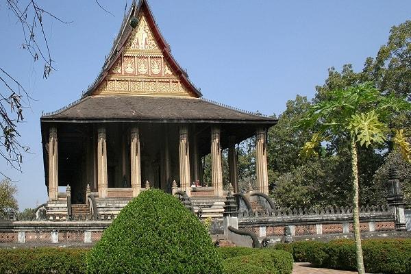 Dang-ky-nhan-hieu-Lao