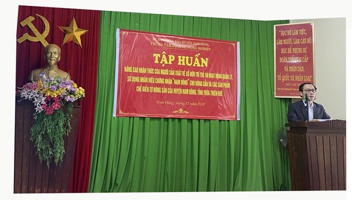 Ông Phạm Tấn Sơn - Trưởng phòng Kinh tế & Hạ tầng huyện Nam Đông, tỉnh Thừa Thiên Huế tại buổi tập huấn