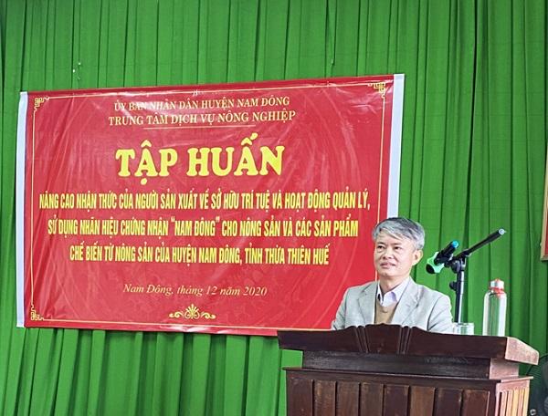 Luật sư Lê Xuân Trường tại lớp tập huấn về SHTT_NHCN Nông sản Nam Đông - Ảnh tư liệu